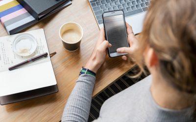 Más de la mitad de los españoles pagan por servicios telefónicos no solicitados.