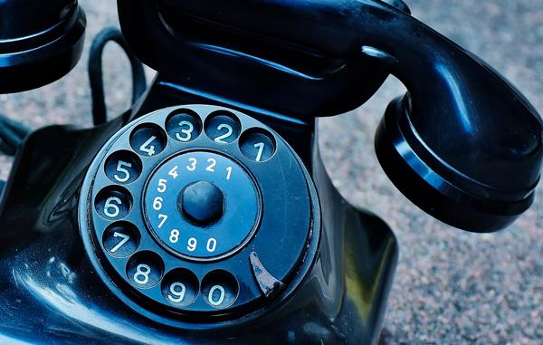 Francia dice adiós a la telefonía fija y se pasa a la telefonía IP