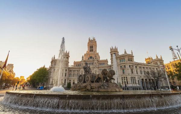 Control de Contratos de Telecomunicaciones: El Ayuntamiento de Madrid paga 20 millones de más.